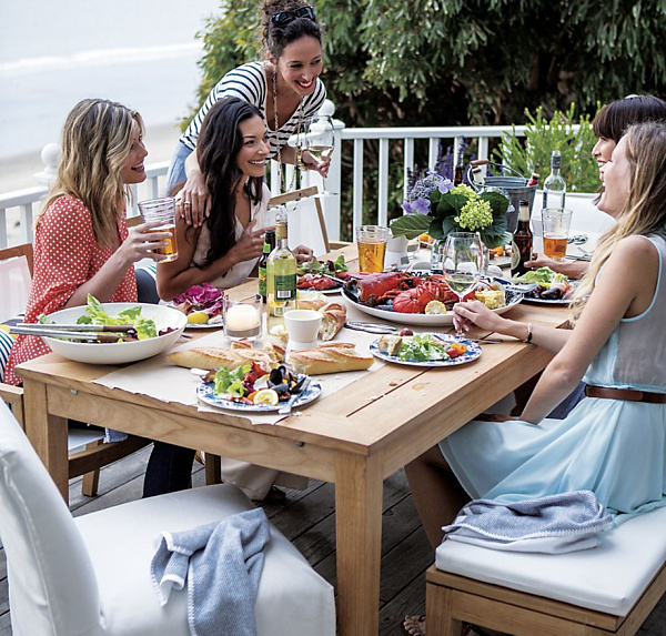 3 Stepping up Your Outdoor Entertaining